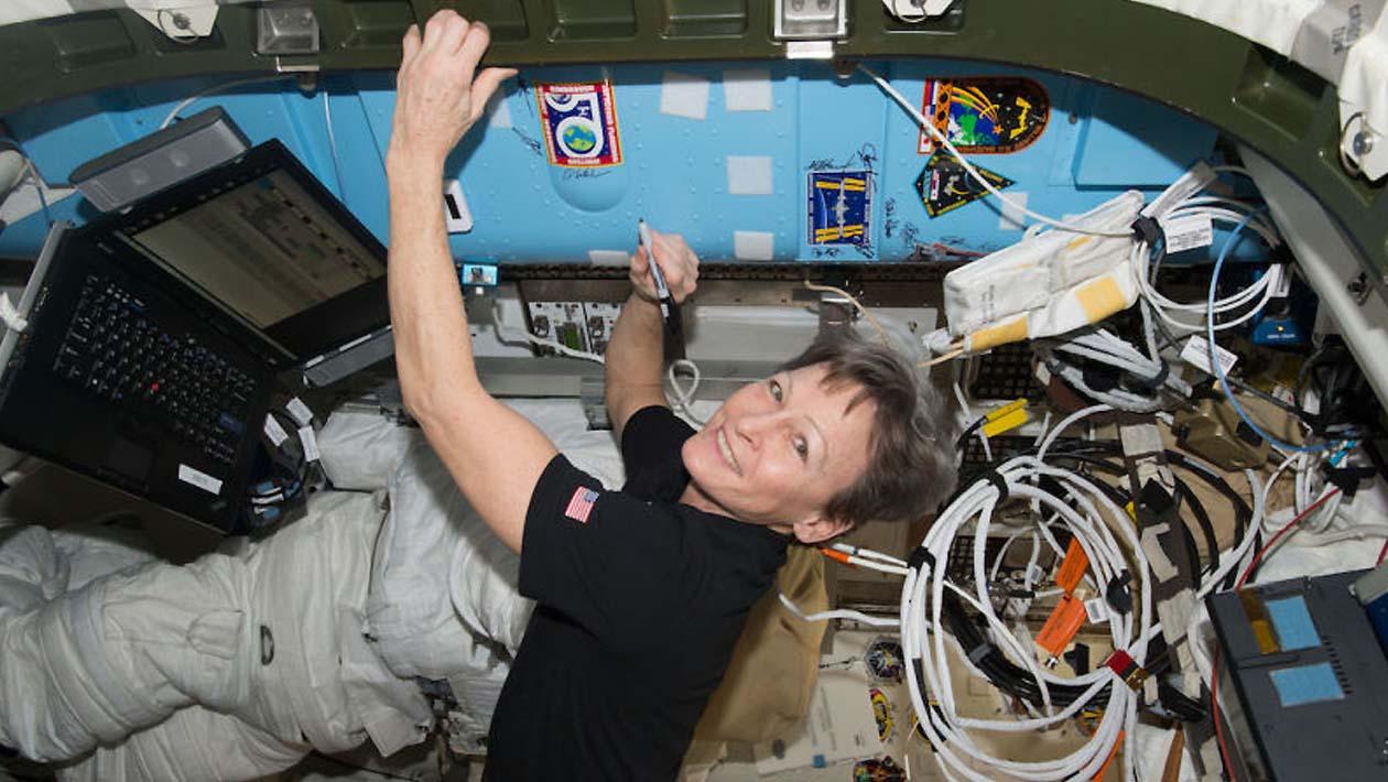 Estamos ignorando a saúde das mulheres astronautas por nosso próprio risco