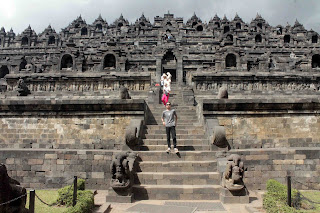 Candi Borobudur 18