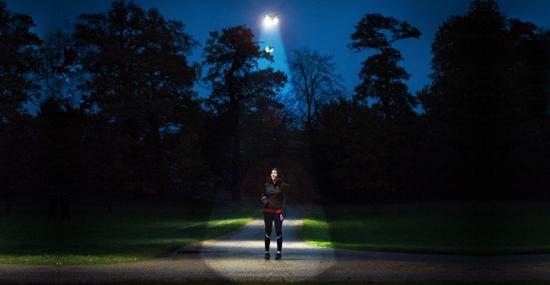 Fim dos postes? Drones prometem nova solução de iluminação pública