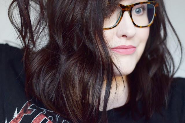 lob, messy hair, messy lob, brunette