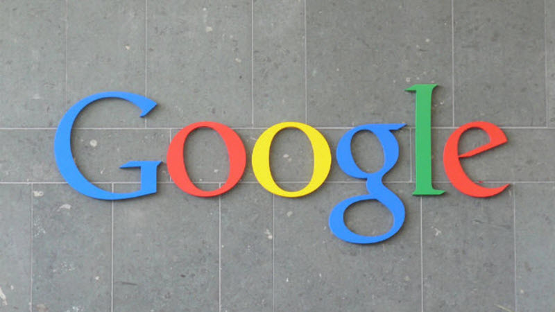 جوجل تدفع 12 مليار دولار لآبل من أجل بقاء محرك بحثها في هواتف آيفون