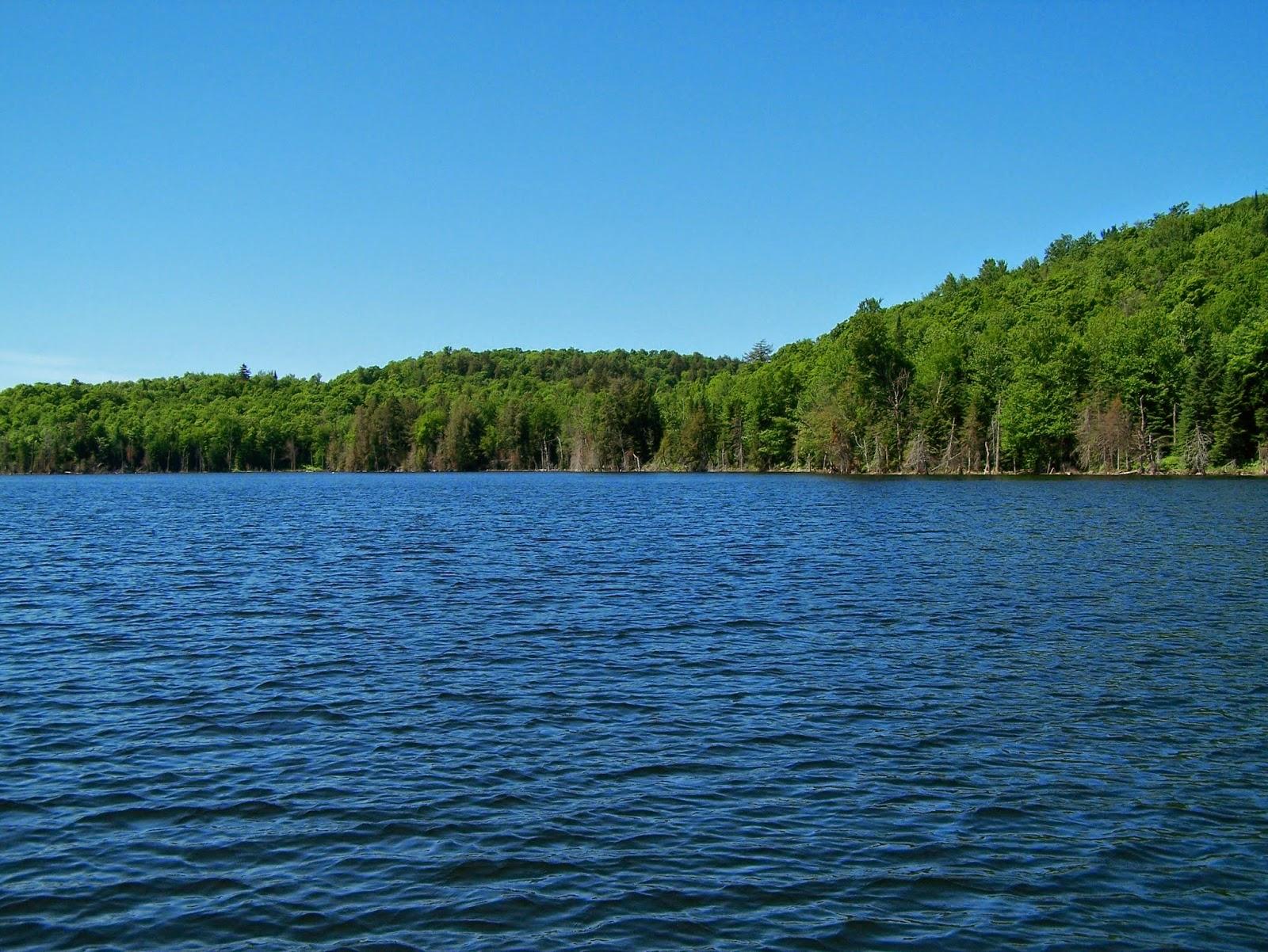 Lac Berval, pêche truite, parlons pêche, pêche au Québec, Daniel Lefaivre, paysage de pêche
