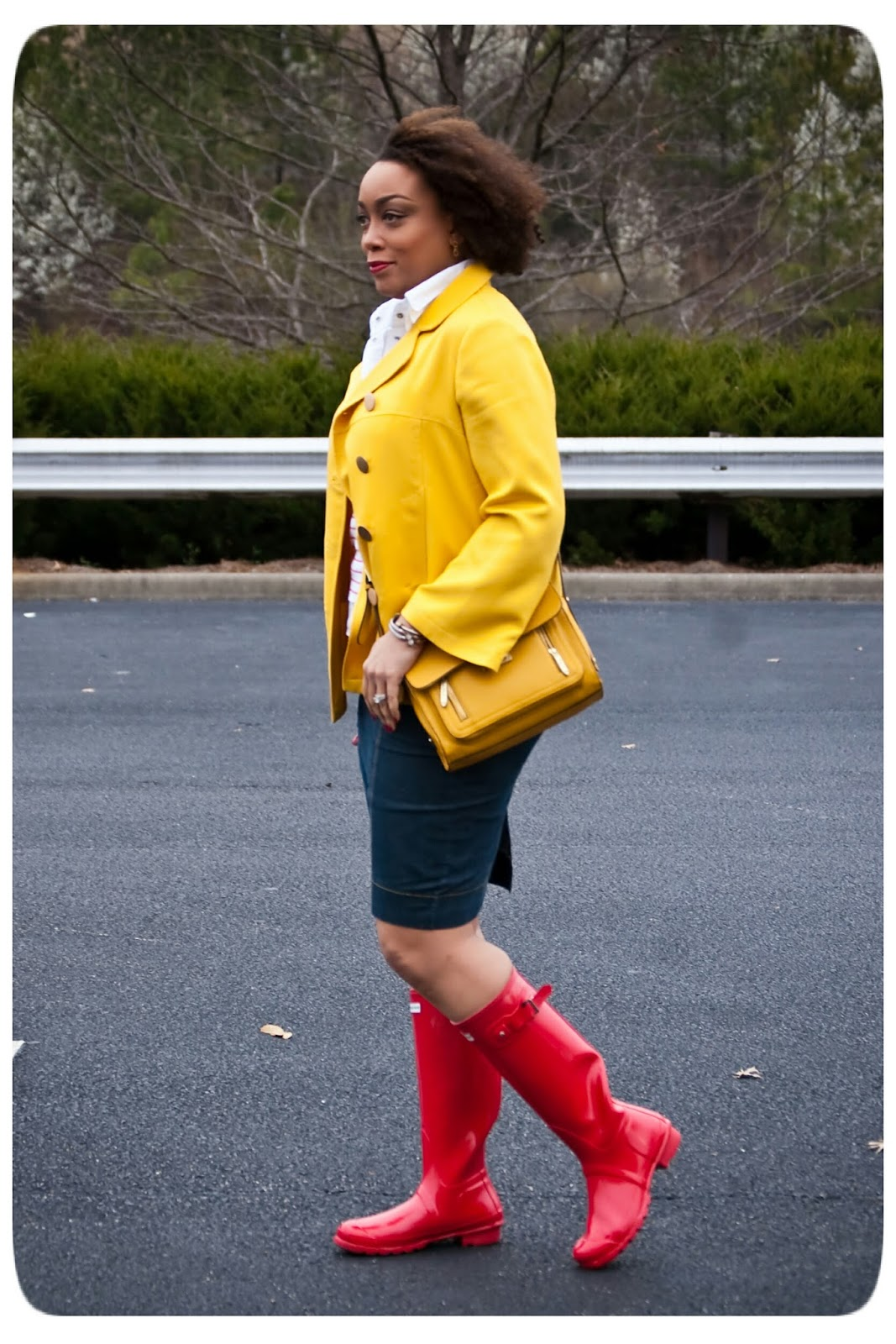 Rainy Day Outfit | Yellow Trench Jacket and Red Hunter Boots - Erica B.'s - DIY Style!