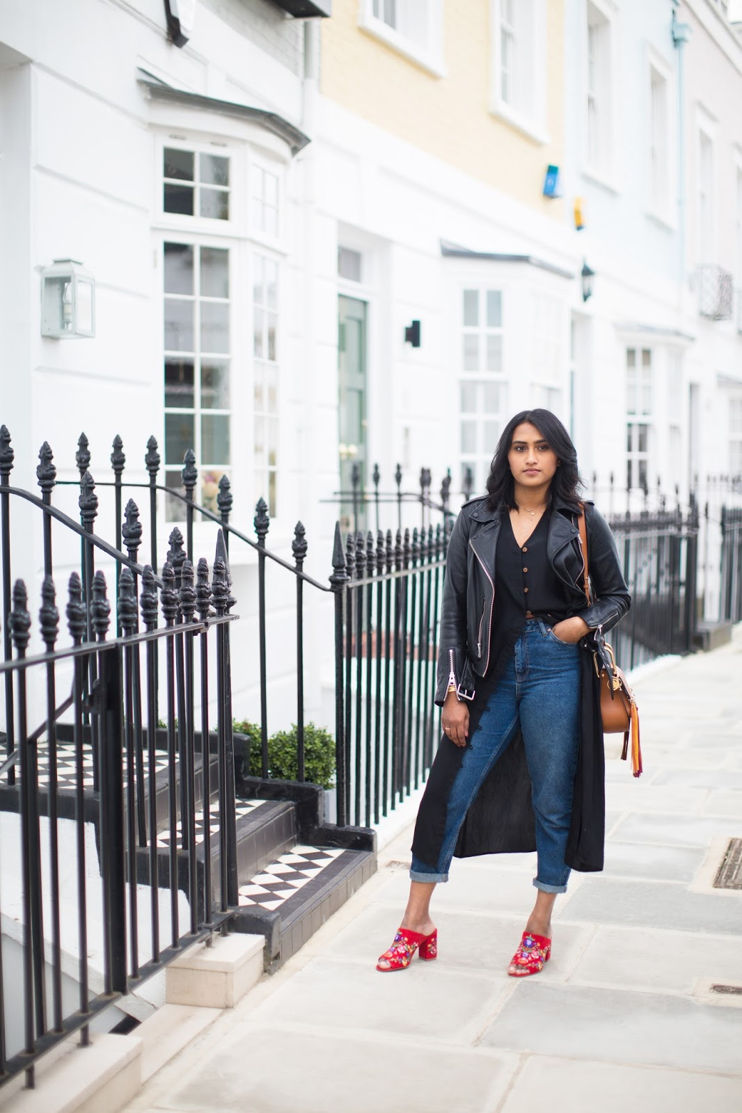 Dress or Jeans? Why not both – my thoughts about trying to stay away from black