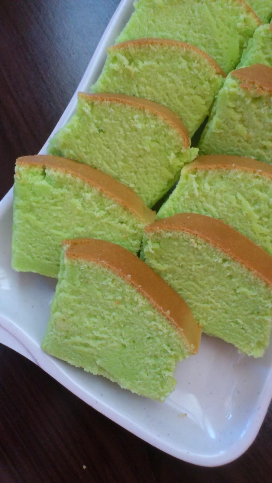 resepi kek pandan santan kukus kek span pandan santan guna sukatan cawan  belajar buat pun Resepi Kek Span Pandan Guna Sukatan Cawan Enak dan Mudah