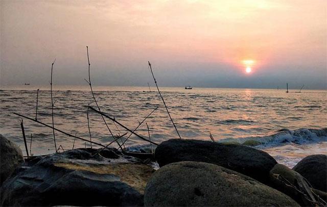 Sunset Pantai Slamaran
