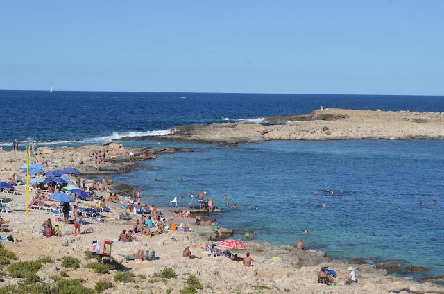 Praia de Qawra Point Beach
