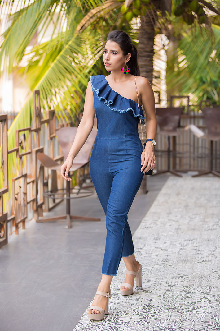 a8a3835dec Top Fashion Trends - Go Grecian with one-shoulder jumpsuit. Fashion. Hi  Everyone