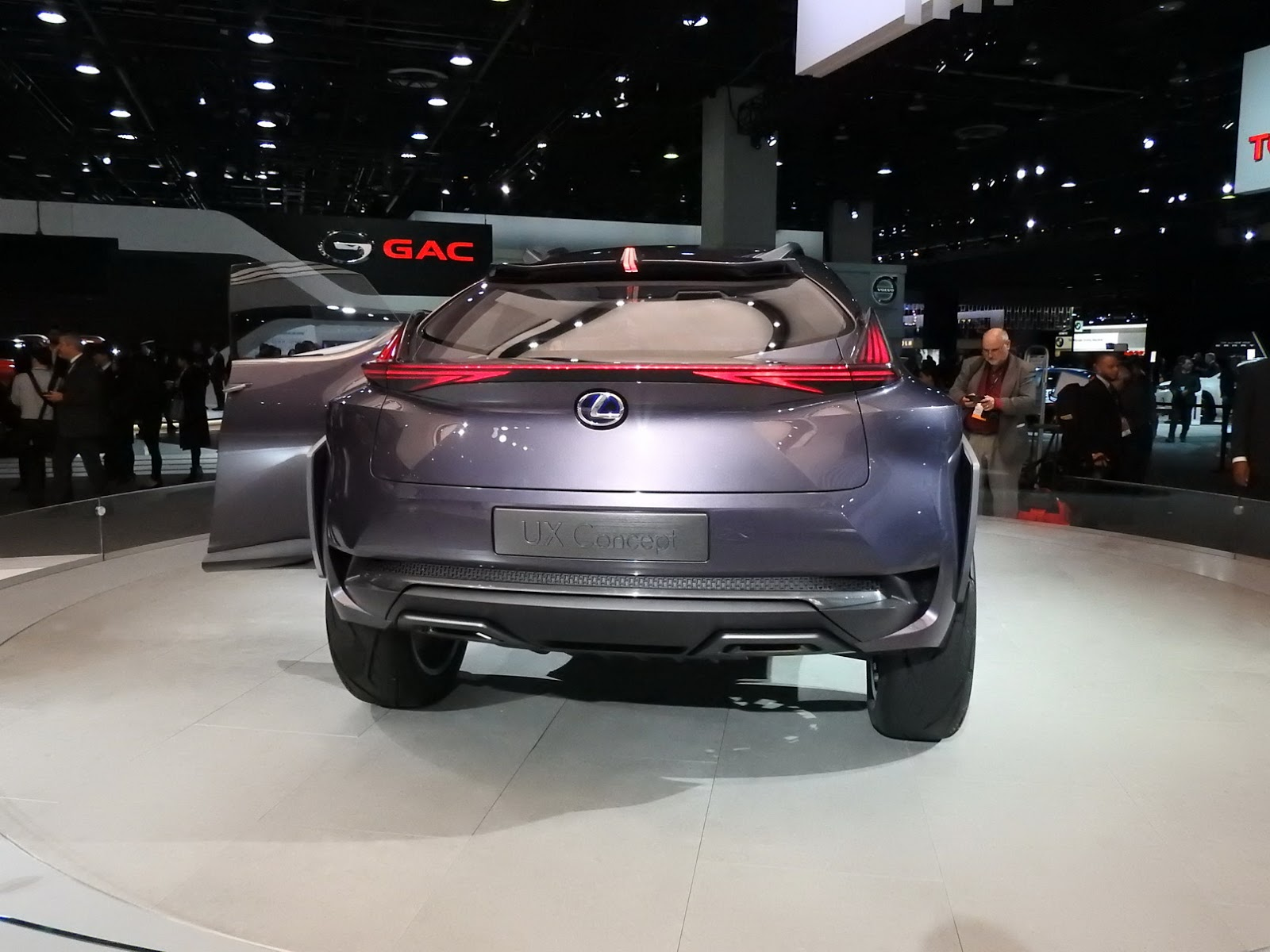 Lexus Dealers Want The Production Spec UX In The U S