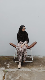 Hi, saya Arinta Adiningtyas, seorang Personal Blogger.