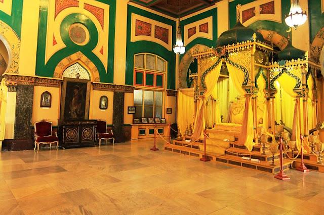 Objek Wisata Istana Maimun Yang Populer di kota medan
