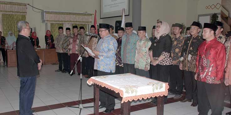 Pelantikan ICMI Organisasi Daerah Kabupaten Karawang masa bhakti 2017-2022.
