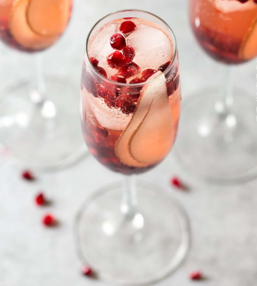 PEAR POMEGRANATE BELLINI #Freshdrink #Cocktail