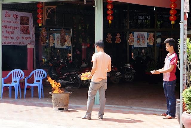 Nouvel An Chinois à Phnom Penh, dans les rues. Photo C.Gargiulo +855 89 261 087