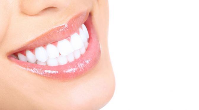 5 Cara Cepat Memutihkan Gigi Secara Alami Tanpa Efek Samping