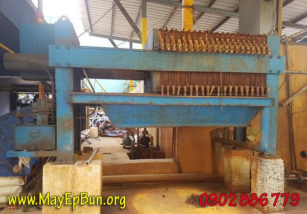 Một máy ép bùn khung bản Đài Loan đã được lắp đặt 8 năm và hiện không còn hoạt động được