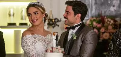 Romance de Britney (Glamour Garcia) e Abel (Pedro Carvalho)