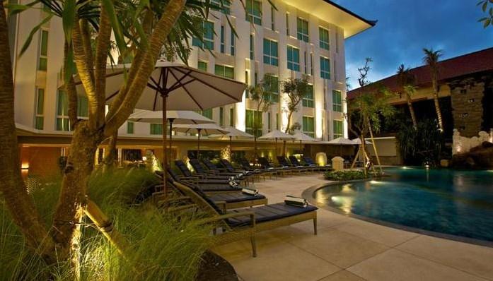 Hotel Bintang 4 Ini Menawarkan 168 Kamar Dengan 3 Tipe Yang Berbeda Desain Modern Minimalis Setiap Kamarnya Dilengkapi AC Hairdryer