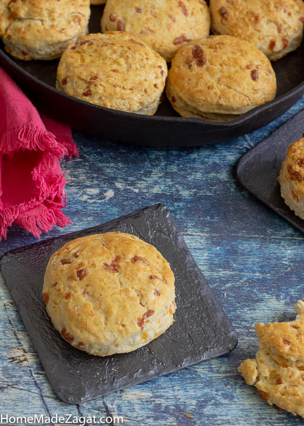 Easy recipe to make coconut bake biscuits. A fusion of cheese biscuits and coconut bake. A great breakfast option.