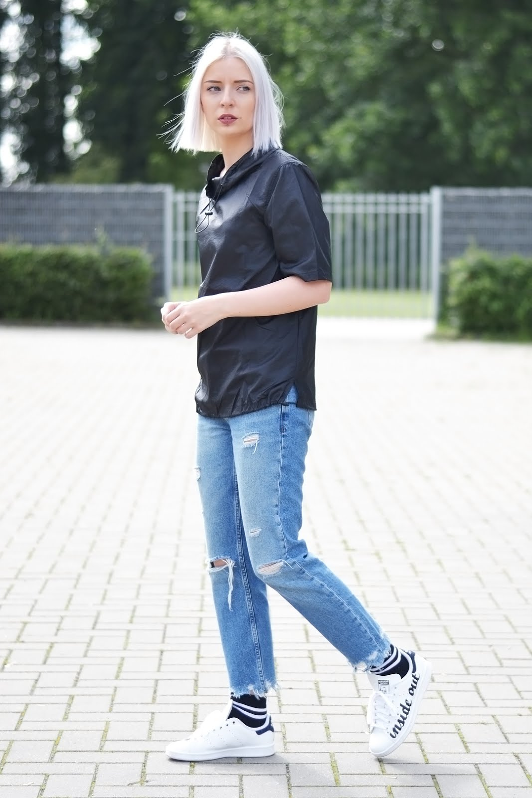 Polyamide top, weekday, mango ripped jeans, stan smith sneakers, zalando blogger awards, street style, fashion blogger, beglium
