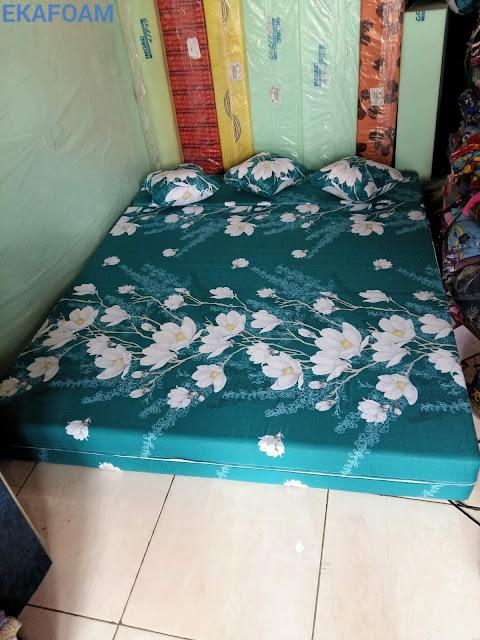 sofa bed inoac motif kapas ijo pupus