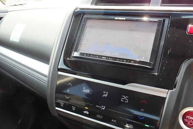 honda-fit-hybrid-interior ホンダフィットハイブリッド