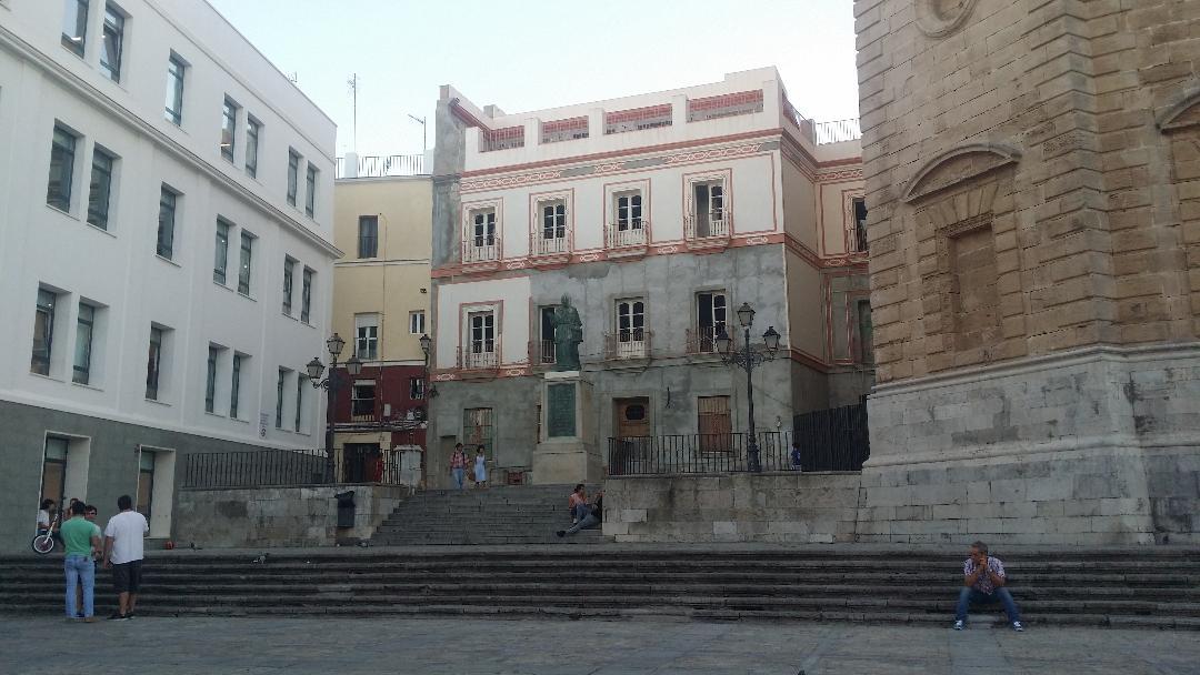 Por un c diz mejor casa del almirante y restaurante del xviii en callej n del pirata proyectos - La casa del pirata cadiz ...