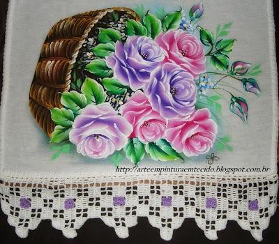 como pintar cesta de rosas em tecido
