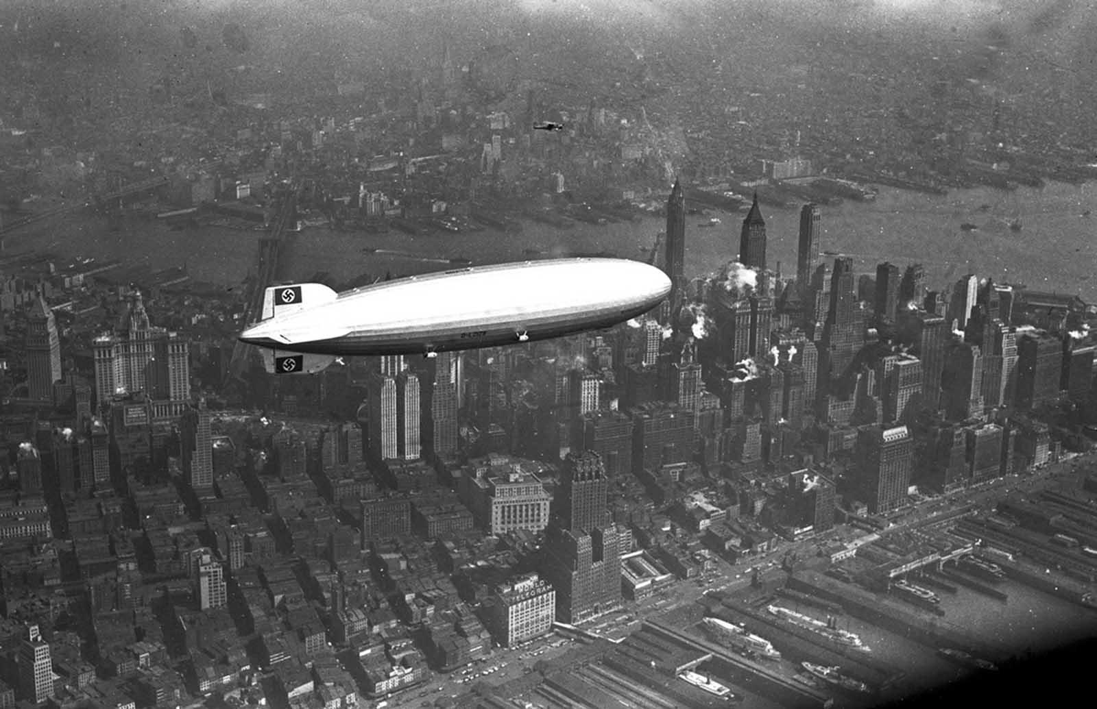 The German Zeppelin Hindenburg Flies Over Manhattan On May 6 1937 A Few Hours Later The Ship Burst Into Flames In An Attempt To Land At Lakehurst