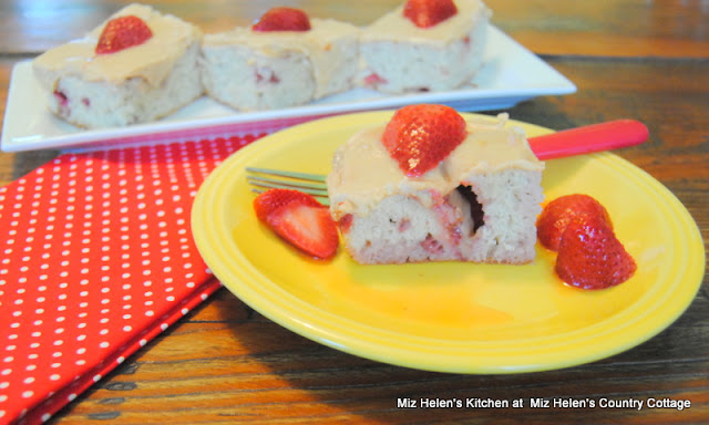 Strawberry Banana Bars with Peanut Butter Frosting at Miz Helen's Country Cottage