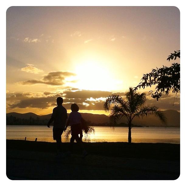 Por do sol na Av. Beira-Mar Norte - Florianópolis
