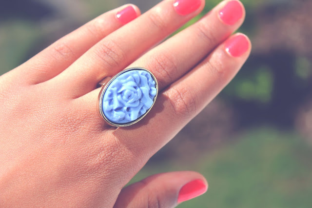 ACCESSOIRE: KISS THE RING PRIZMAHFASHION