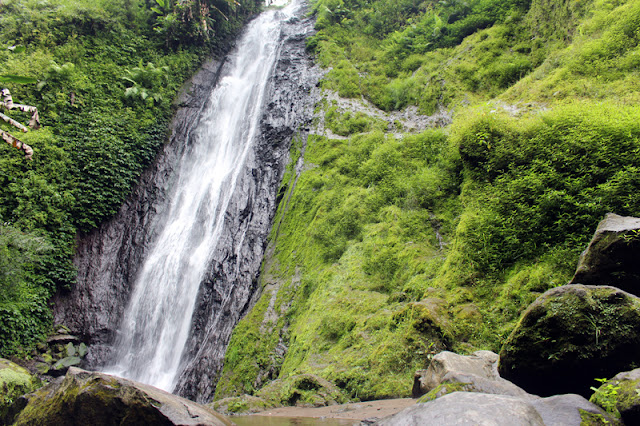 Menelusuri Keindahan Air Terjun Coban Kembar Watu Ondo Mojokerto
