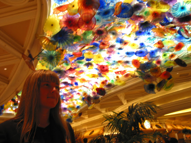 Glass flower sculpture by Dale Chihuly in Bellagio Las Vegas foyer.