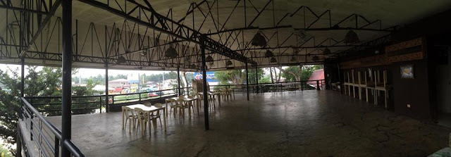 indoor meeting area at Orosia Food Park
