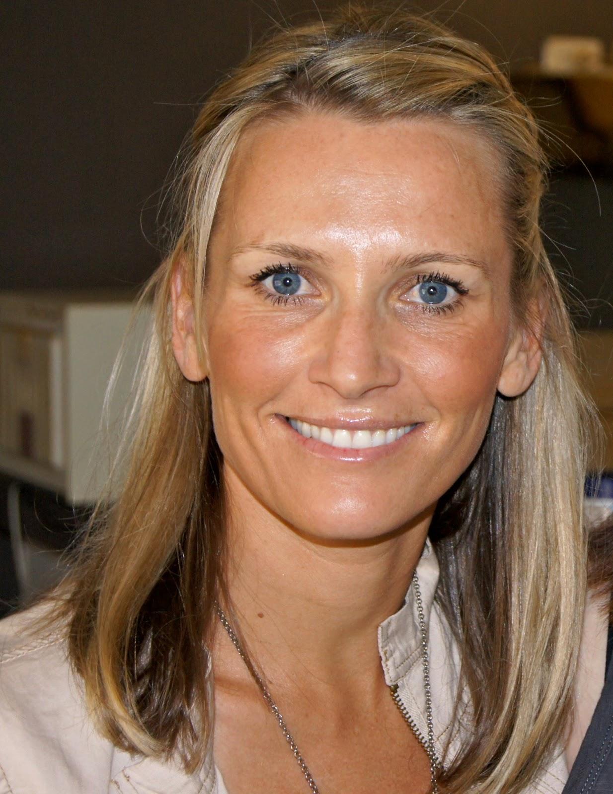 Michelle Dillon (Hayes)