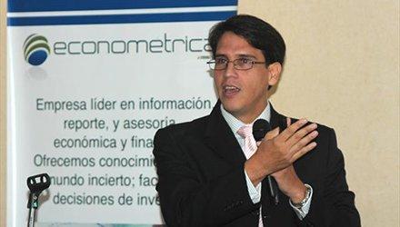 Henkel García: en agosto se registró la inflación intermensual más alta del país en 31,9%