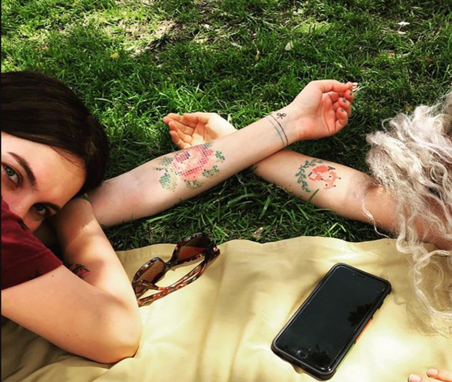 Los adorables Tatuajes de punto de cruz de Eva Krbdk