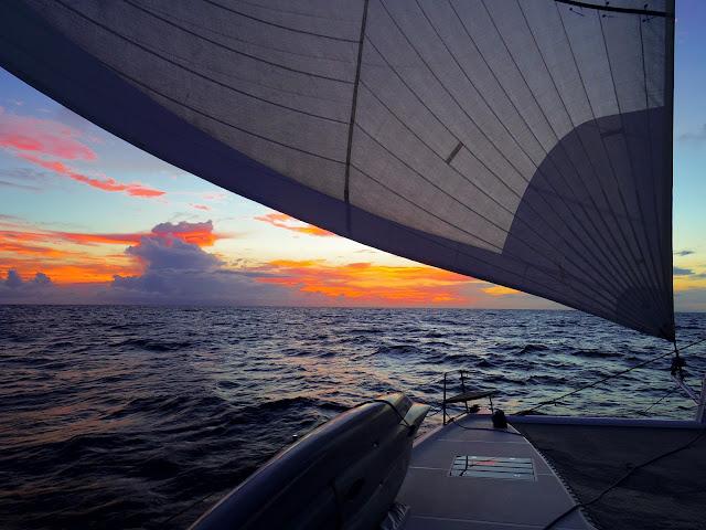 barca a vela oceano indiano