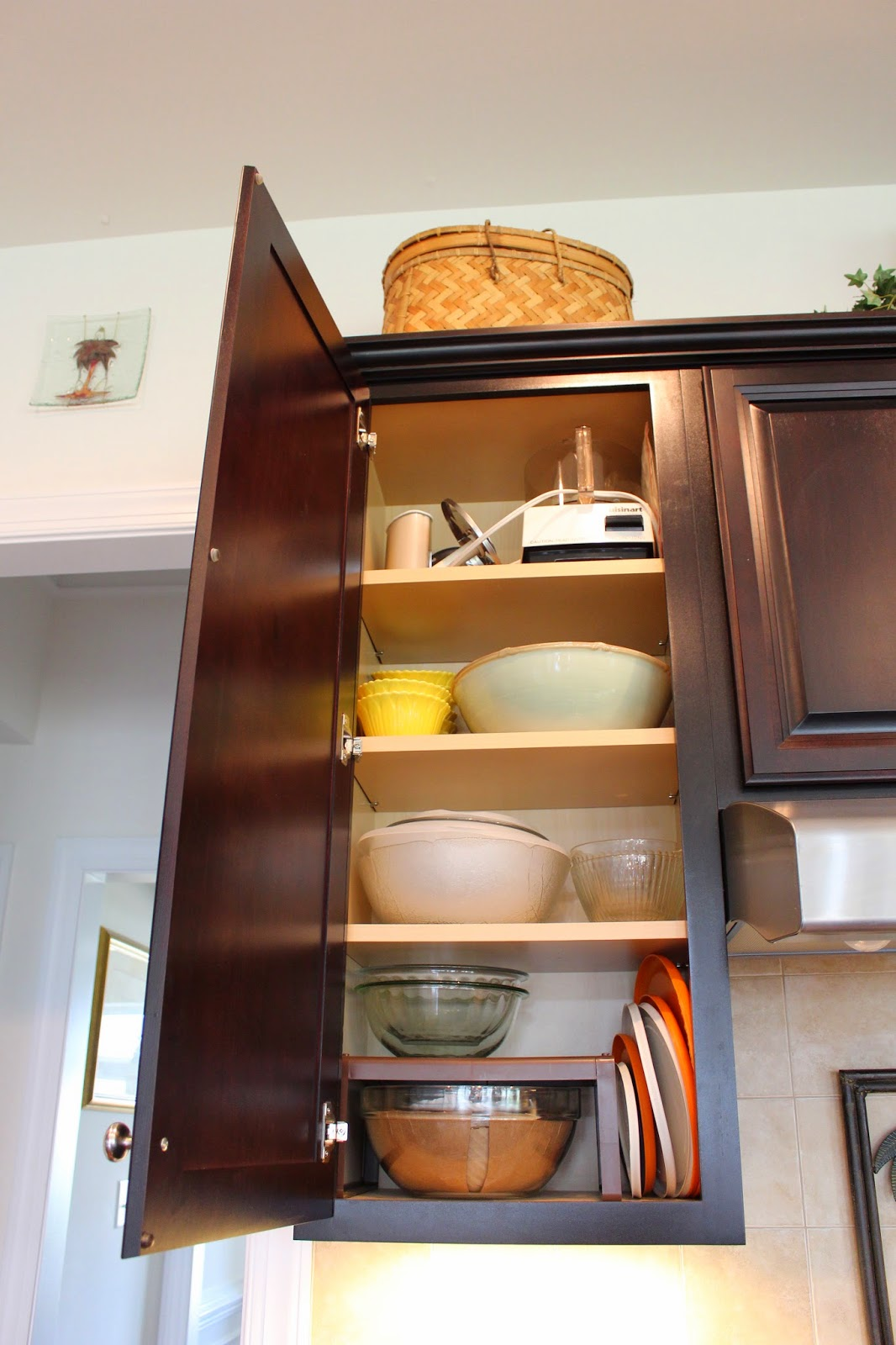 organizing small kitchens designs by organizing your kitchen a look inside 1275