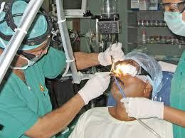 Phẫu thuật nội soi chữa bệnh viêm mũi xoang