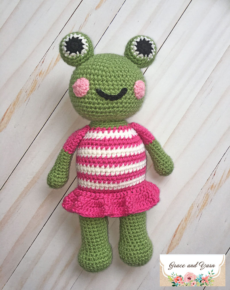 Don't Frog that Frog: 10 Free Crochet Frog Patterns! - moogly | 1006x800