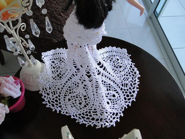 Vestido de noiva de crochê para Barbie, por Pecunia MillioM 6