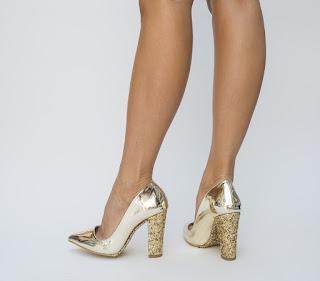 Pantofi Xovo Aurii din piele lacuita cu toc cu gliter