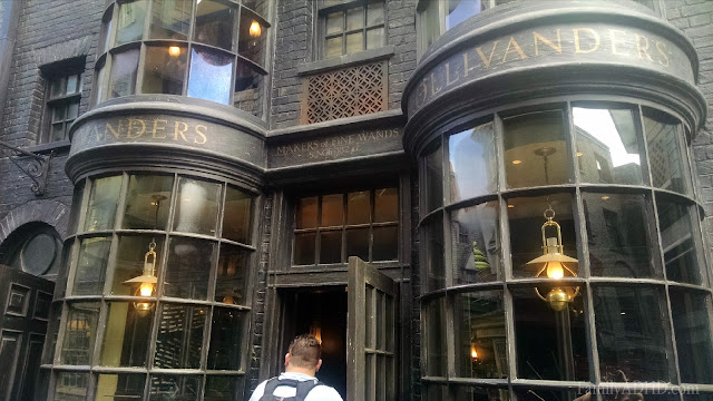 Ollivanders Wand Shop Diagon Alley Wizarding World of Harry Potter Orlando Tips & Review Family Travel 2015