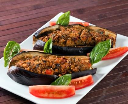Stuffed vegetarian eggplants