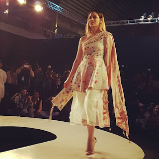 PFDC Sunsilk Fashion Week 2017 - 2018 Casual Dress