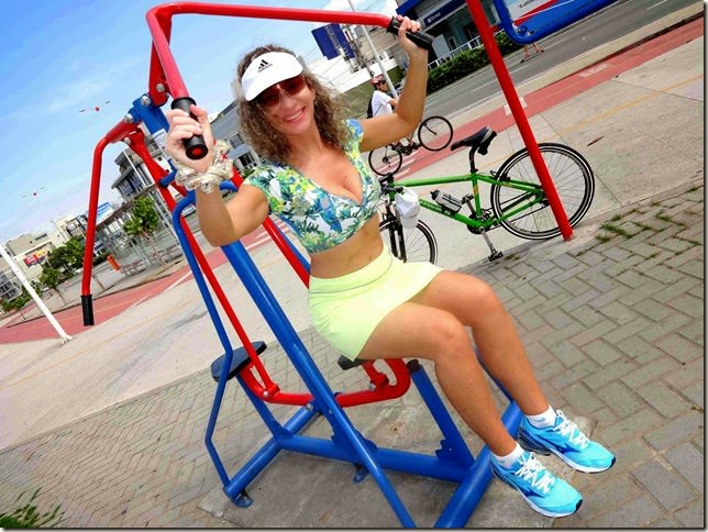 Como usar os aparelhos de ginástica ao ar livre: