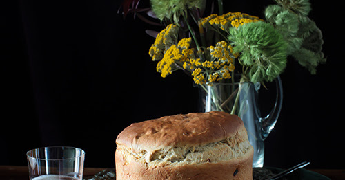 Irish BarmBrack Bread with Dried Apricots Perfect for St.Patrick's Day at Cooking Melangery