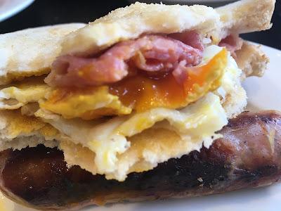 "Brunch Sandwich ""The Westbourne"" - Hyde Park - London - Brunch - The Westbourne - Receta Brunch - Receta - el gastrónomo - el troblogdita - ÁlvaroGP - Quadrophenia"